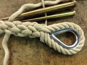 Épissure de corde avec cosse-coeur