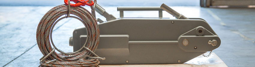 Treuil à cable passant